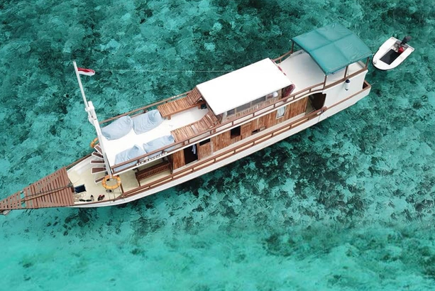 In the Hunt of Best Komodo Liveaboard for Budget Wanderers