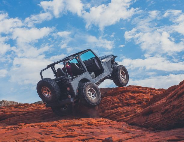 reasons why many people are in love to off-road adventuring