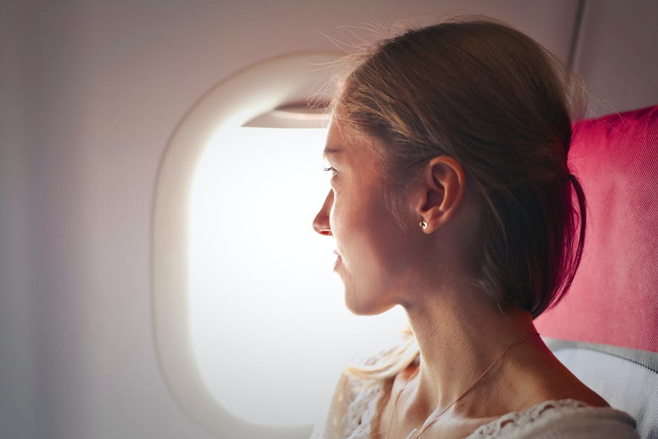 What Happen to Your Skin When You Are On A Flight?