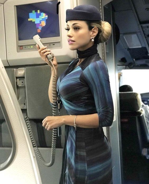 How To Make Your Flight Attendant's Job Easier When Flying